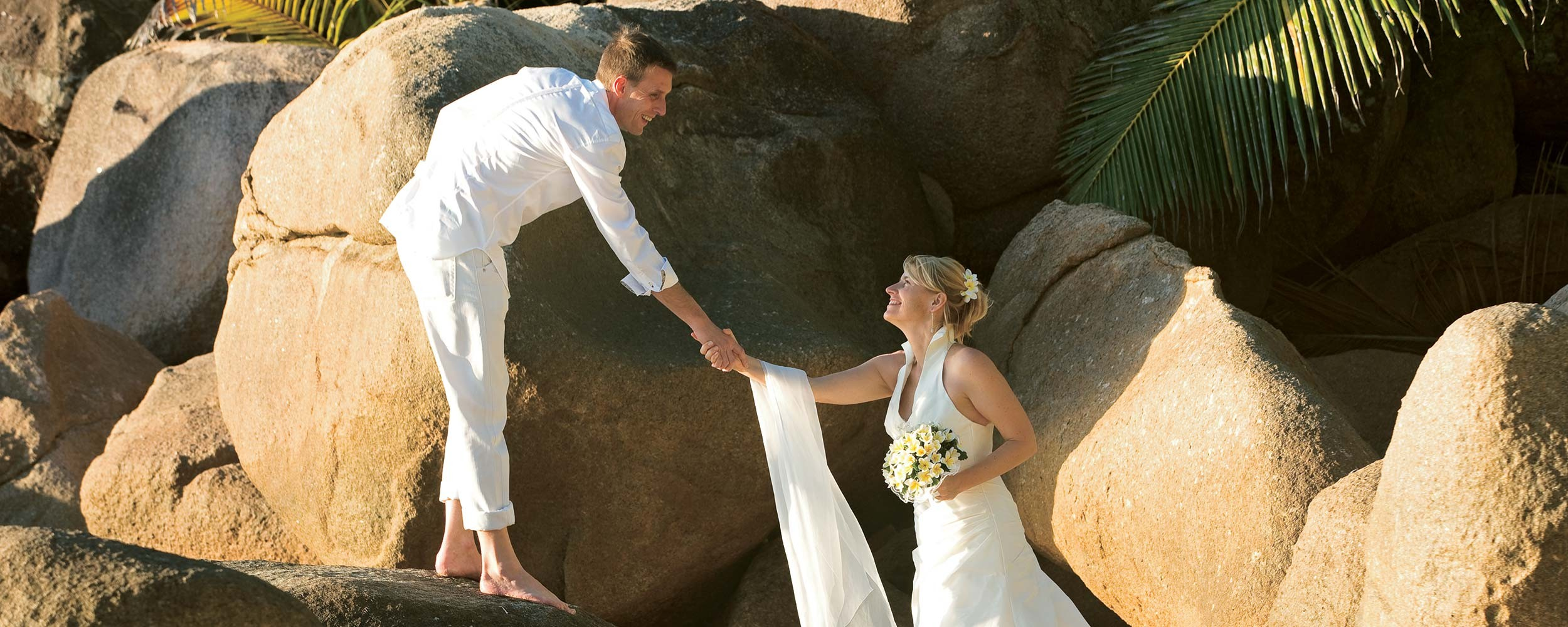 se marier aux Seychelles sur la plage