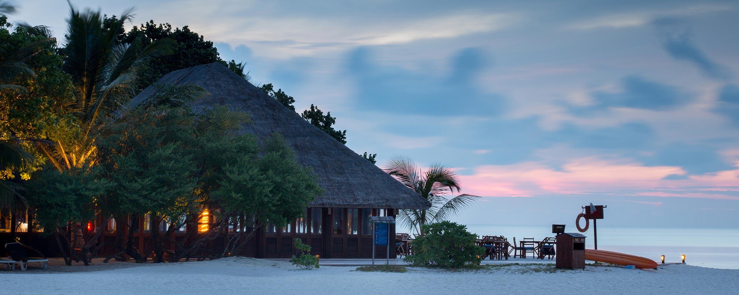 Maldives pied dans le sable
